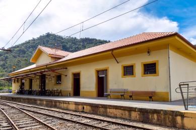 Estação trem pinhal